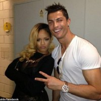 3 Reasons Why Rihanna think Cristiano Ronaldo is gay