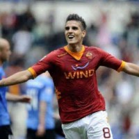 Erik Lamela could be the next successor for Tottenham