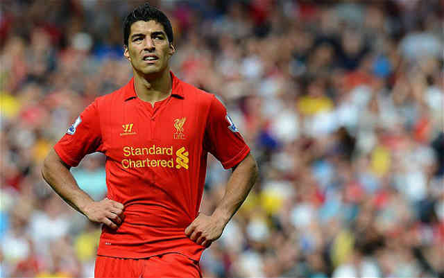 Luis Suarez has been given the same price as Edinson Cavani