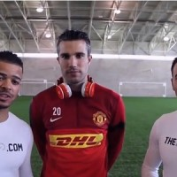 Robin Van Persie is the guest of Players Lounge for an amazing display of football skills