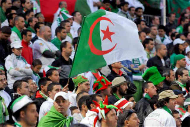 Algeria played in their home land and took the lead but Guinea came back with a draw