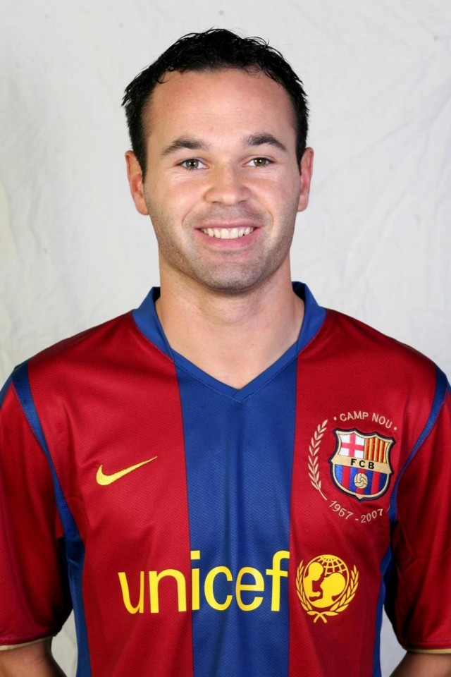 Andres Iniesta in 2013, still wearing the Barca shirt.