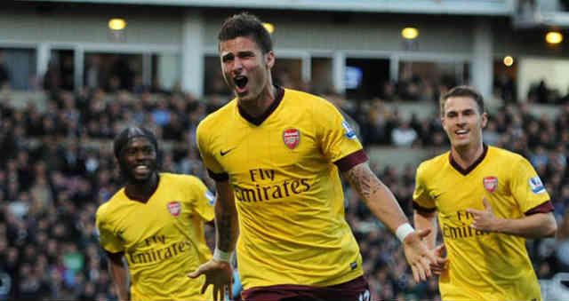 Olivier Giroud could be joining Naples if he is open for it