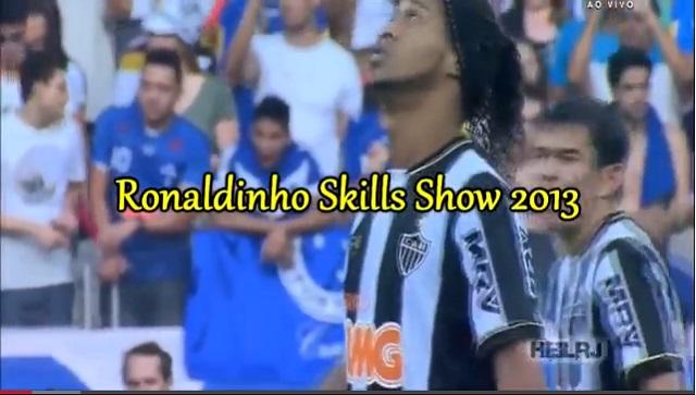 Ronaldinho skills show 2013- Atletico Mineiro football club