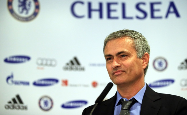 Chelsea's Jose Mourinho back in familiar surroundings