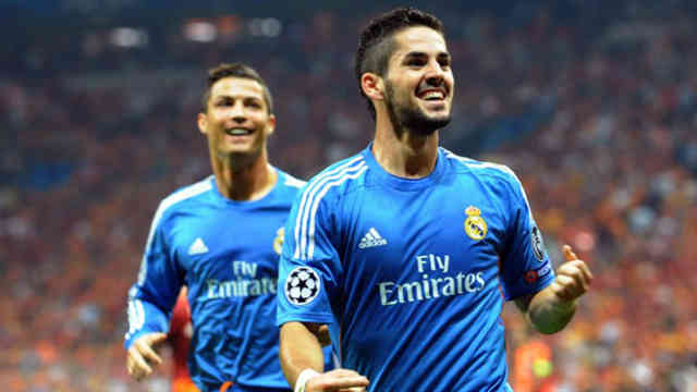 Isco and Ronaldo both celebrate their goalsIsco and Ronaldo both celebrate their goals