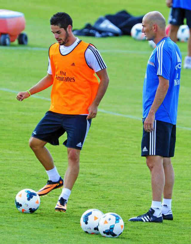 The media released that Isco is the best player in Madrid and compared with the former Real Madrid player, Zidane