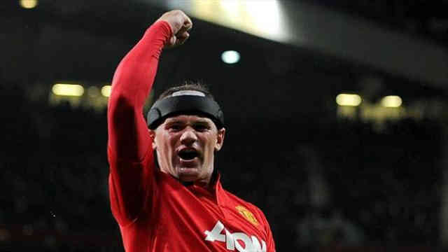 Wayne Rooney has pleased his old boss Alex Ferguson with his performance in the Champions League
