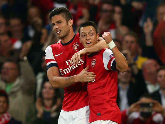 Giroud is thankful for having Ozil as part of Arsenal