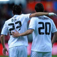 Higuain is pleased to have played along side Ozil