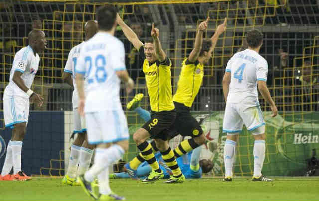 Lewandowski celebrates his amazing goals
