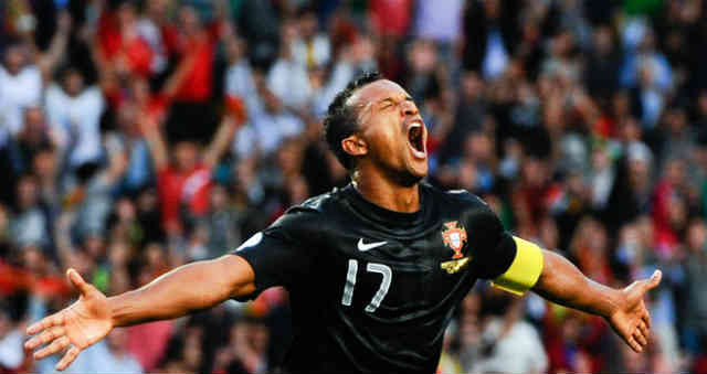 Nani secures Portugal for the play off