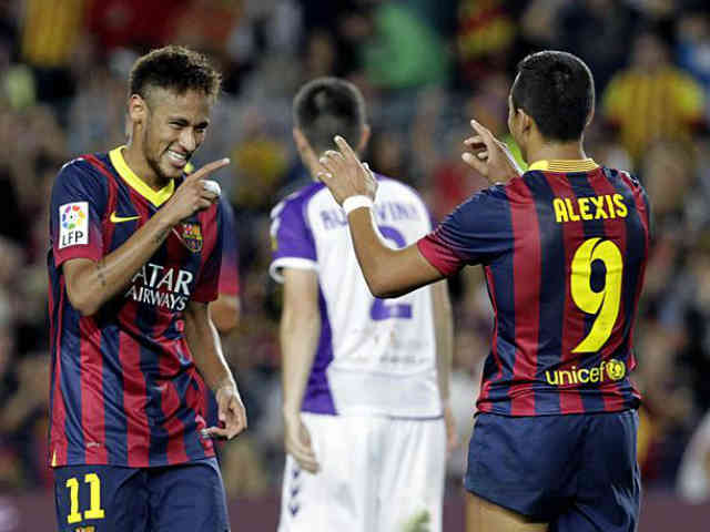 Neymar and Sanchez both celebrate their goals