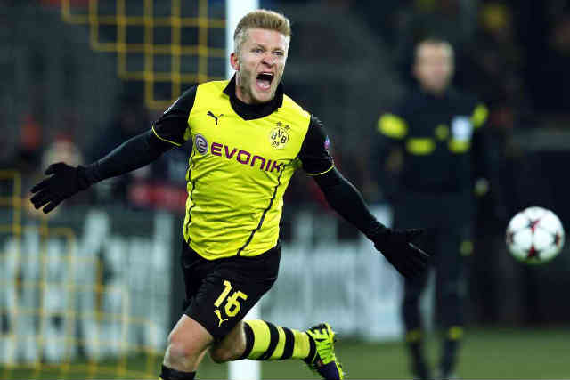 Blaszczykowski brings a second goal for Dortmund in the Champions League