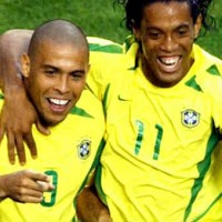Ronaldo wants to see Ronaldinho in the World Cup