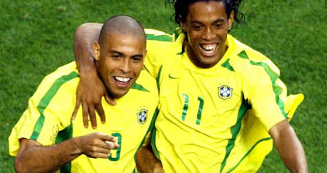 Ronaldo is looking forward for Ronaldinho to be in the World Cup 2014 in Brazil