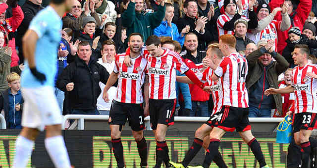 Sunderland celebrate their goal against Manchester City
