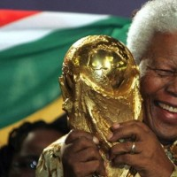 Football pays tribute to Nelson Mandela, former South Africa president