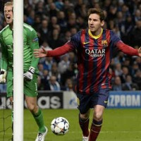 Lionel Messi puts FC Barcelona in front after his goal with a penalty