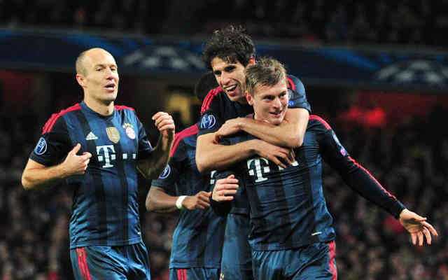 Toni Kroos brigns the opener goal for Bayern Munich in the Champions League against Arsenal